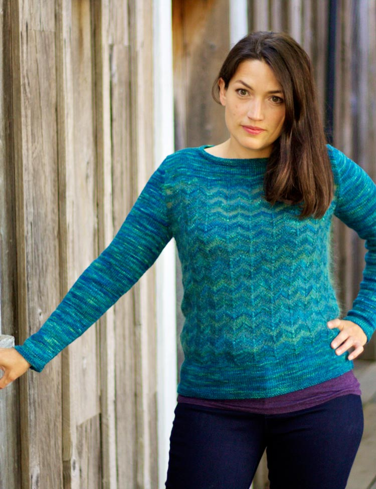 Eventide chevron pullover knitting pattern by Holli Yeoh | Tempest book