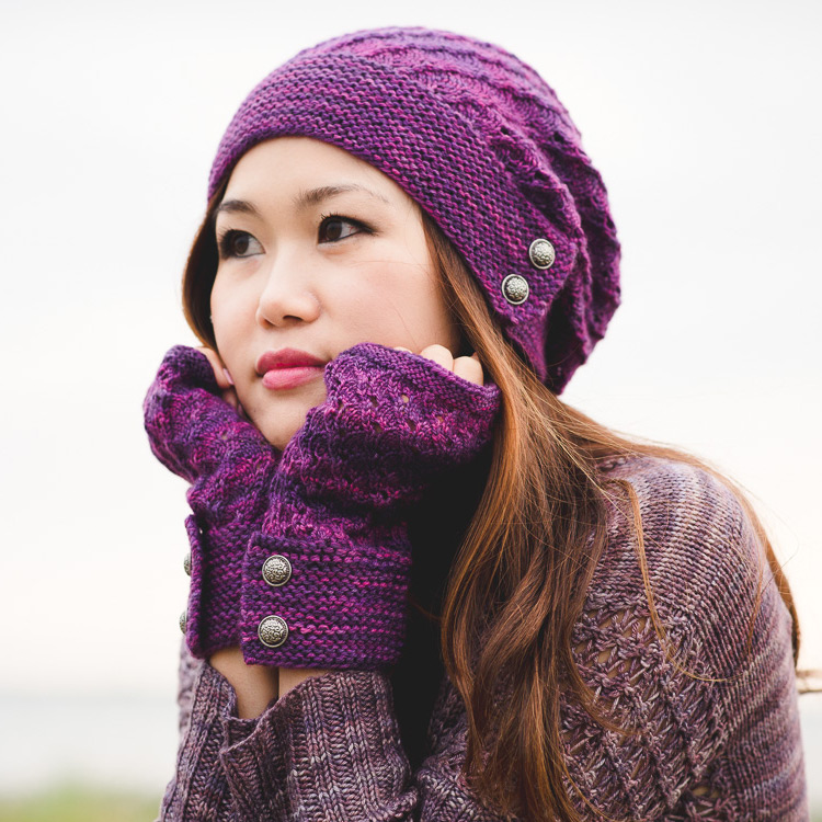 Slouchy hat and fingerless mitts with lace and button detail.